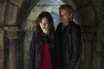 -The-Mortal-Instruments-City-of-Bones-stills-jace-and-clary-35452896-500-333